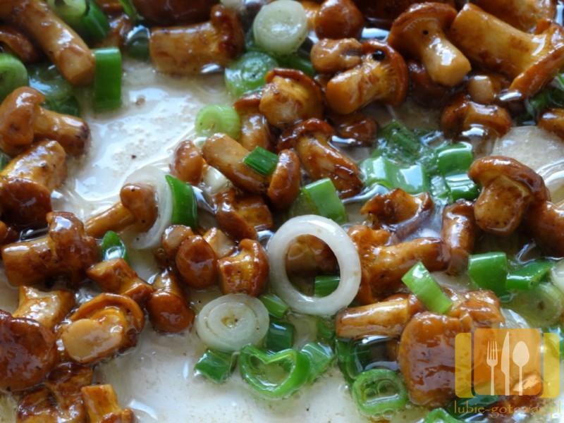 Makaron w sosie kurkowym, śmietanowym
